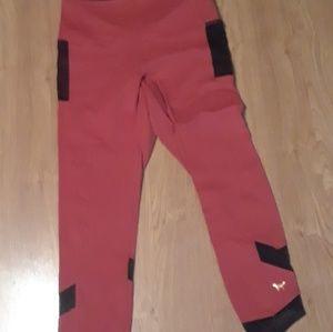 PinkVs Yoga Leggings Size Large EUC